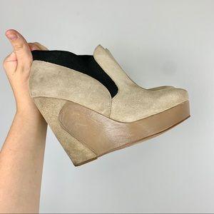 MRKT Wedge Heel Size 7